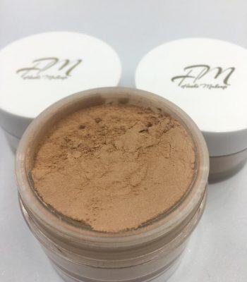 pó hoshi makeup